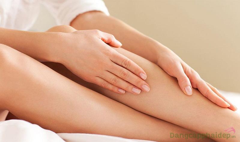 Cảm nhận làn da cơ thể có nếp nhăn, chùng nhão...hãy sử dụng Etre Belle Hyaluronic 3 Body Cream.