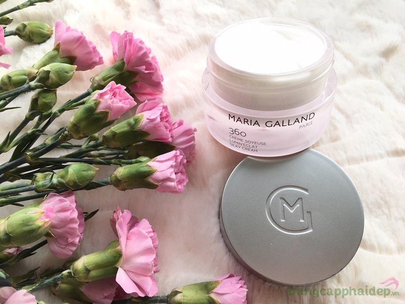 Sử dụng Maria Galland 360 hằng ngày để đạt hiệu quả chăm sóc da tốt nhất.