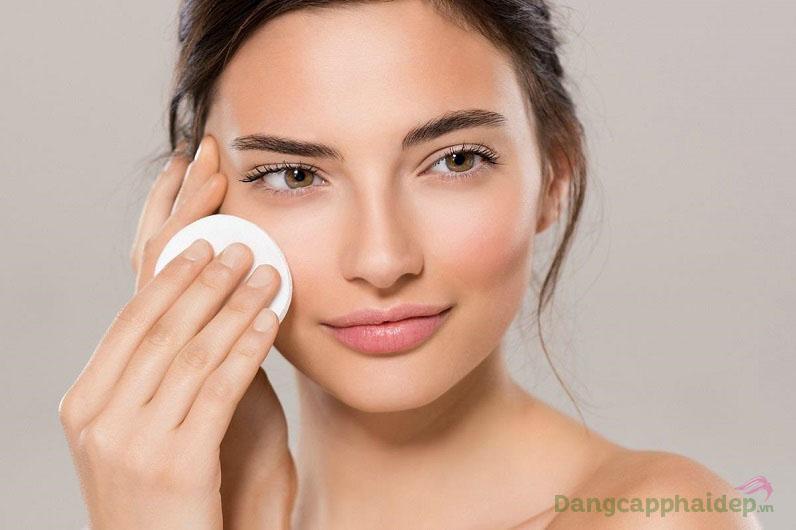 Sử dụng nước cân bằng da thường xuyên để đạt hiệu quả chăm sóc da tốt nhất