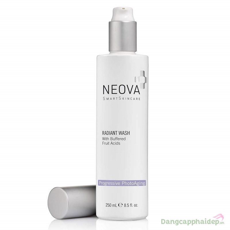 Da mặt sạch tinh khiết, sáng mịn tự nhiên sau bước dùng sữa rửa mặt Neova Radiant Wash.