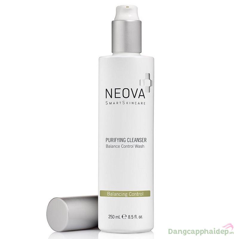 Da sạch mịn, không nhờn bóng sau bước dùng sữa rửa mặt Neova Purifying Cleanser