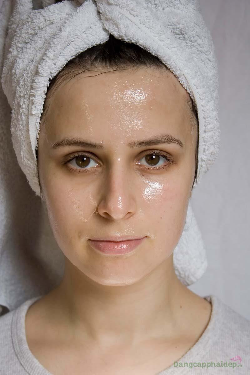 Có phải bạn đang gặp khó khăn khi tìm dòng sửa rửa mặt phù hợp cho da nhờn mụn?