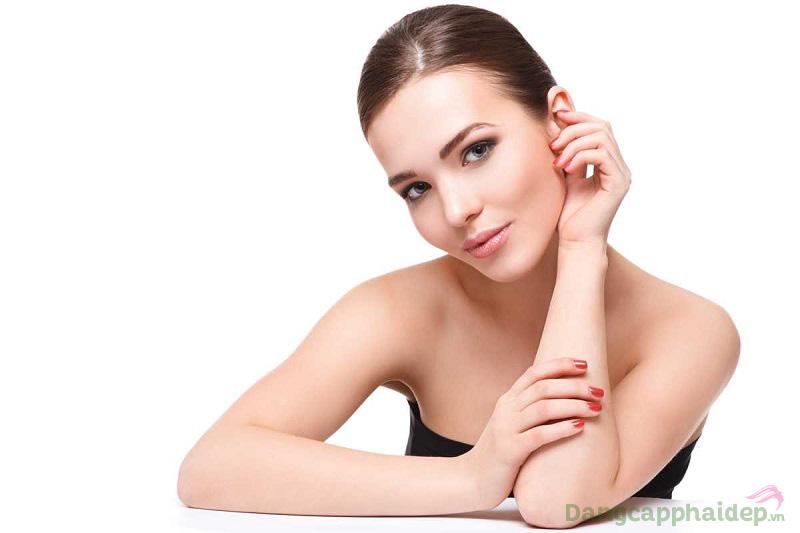 Ngừa mụn, kháng viêm, se nhỏ lỗ chân lông và dưỡng da sạch mịn chỉ trong 1 bước dùng Neova Purifying Cleanser