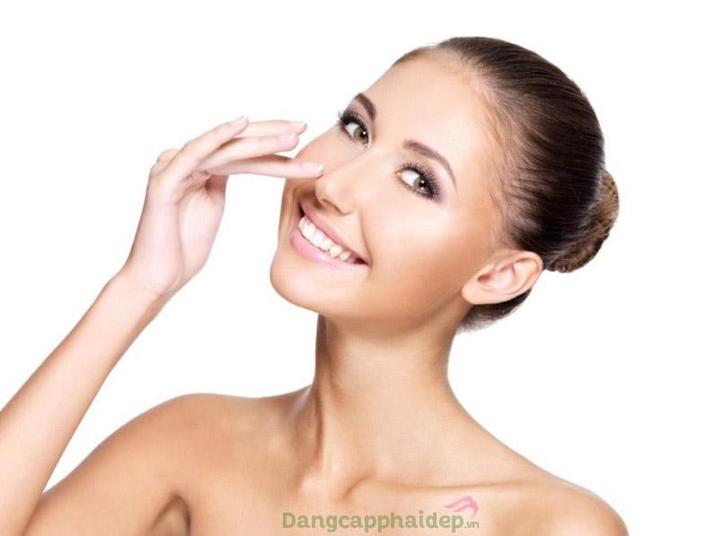 Sử dụng serum trẻ hóa da hằng ngày để đạt hiệu quả chăm sóc da tốt nhất
