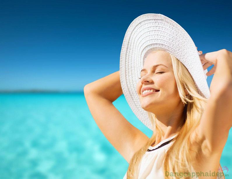 Không lo da bắt nắng hay tia cực tím gây hại vì đã có kem chống nắng Neova DNA Damage Control Everyday SPF44 bảo vệ tối ưu