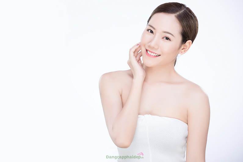 Da sáng, căng mọng trẻ trung khi uống collagen Nhật Bản 82x Sakura Collagen Premium thường xuyên