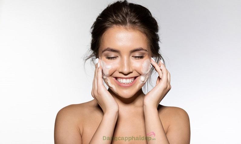 Áp dụng đầy đủ các bước chăm sóc da để duy trì làn da đẹp hoàn hảo