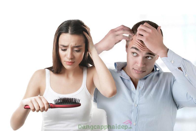 Tóc gãy rụng, da đầu gàu và ngứa - làm sao để khắc phục nhanh?