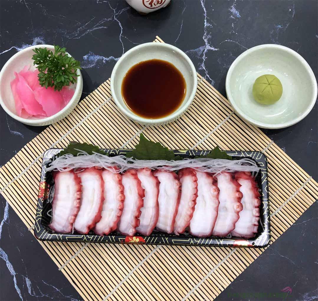 Bạch tuộc Sashimi là món ăn nổi tiếng tại Nhật