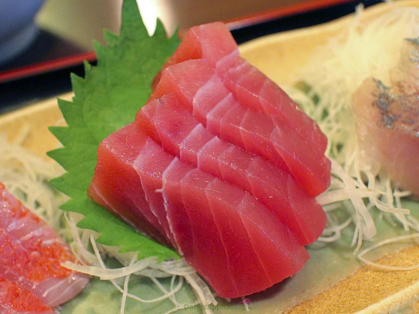 Thịt bụng cá ngừ Nhật Chutoro
