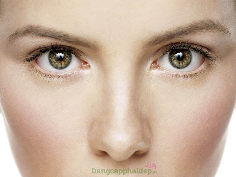 Da vùng mắt căng mịn, nếp nhăn mờ đi và tươi trẻ trở lại chỉ từ 2 tuần sử dụng sản phẩm