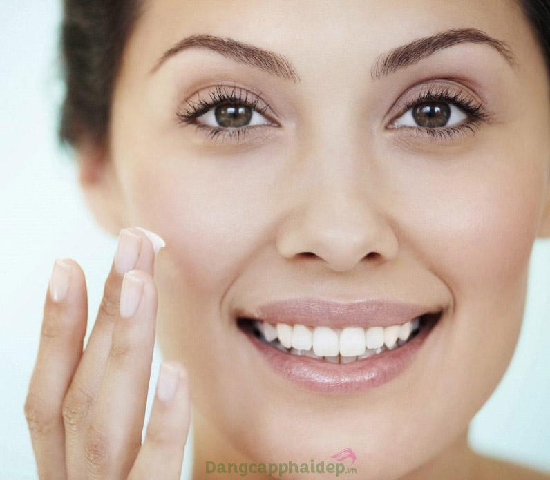 Duy trì sử dụng sản phẩm thường xuyên để đạt hiệu quả chăm sóc da tốt nhất