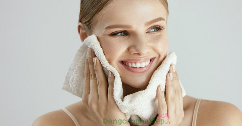 Ngừa mụn phát sinh, da sạch sáng, mịn màng và tươi tắn sau khi dùng sữa rửa mặt