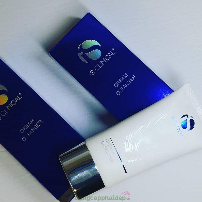 iS Clinical Cream Cleanser là sản phẩm làm sạch da rất được ưa chuộng của iS Clinical