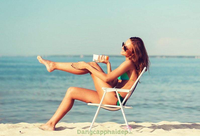 mẹo hay để chống nắng khi đi du lịch