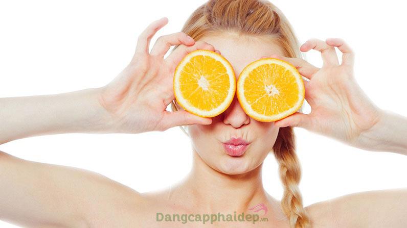 Vitamin C là một trong những thành phần hoạt động tích cực trong sản phẩm