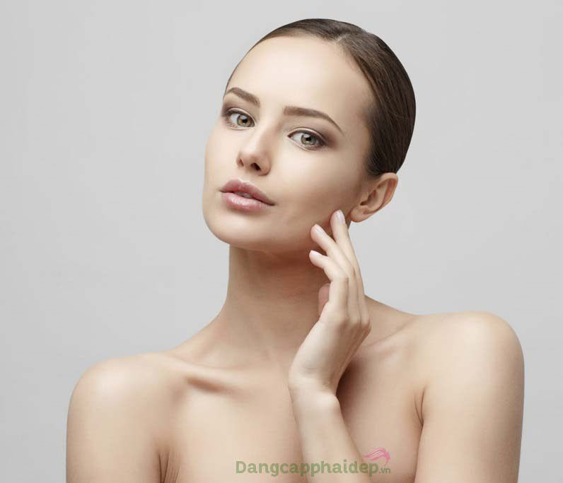 Làn da trắng sáng đều màu, căng mịn và trẻ trung trở lại sau thời gian sử dụng sản phẩm