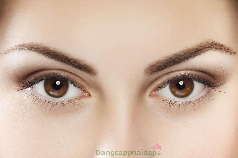 Dưỡng da vùng mắt căng trẻ chỉ với Obagi ELASTIderm Eye Treatment Gel