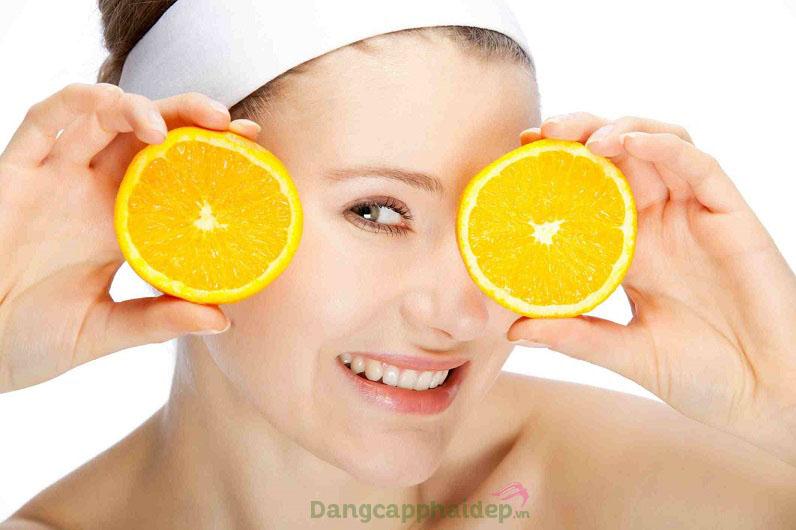 Kem chống nắng chứa 10% Vitamin C dạng tinh khiết L-AA