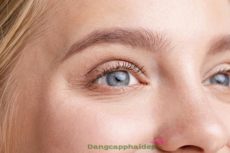 cách giảm nếp nhăn quanh mắt