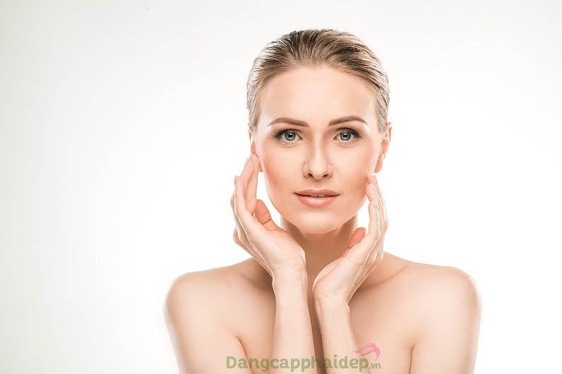 Tự tin với làn da căng mịn, trẻ trung hơn sau thời gian sử dụng Exuviance Collagen Triple Boost Serum