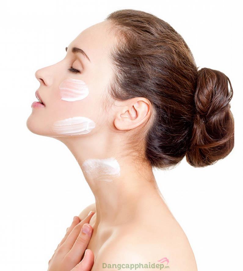 Sử dụng kem dưỡng đúng cách để đạt hiệu quả chăm sóc da tối đa