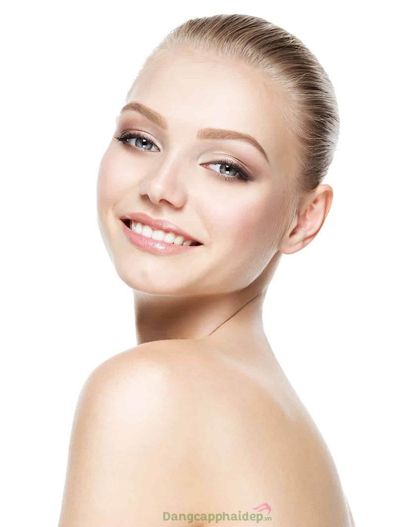 Lấy lại đường nét gương mặt thon gọn, làn da căng mịn trẻ trung sau thời gian sử dụng Swissline Clinic Lémanic LA Cream.