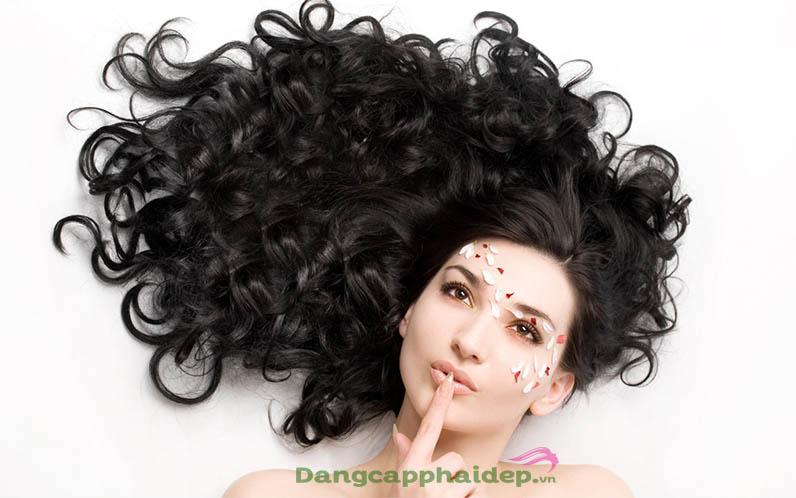 tóc xoăn gợn sóng