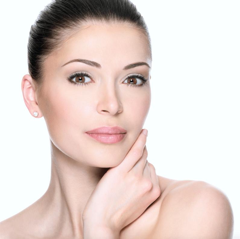 iS Clinical Tri-Active Exfoliant nhanh chóng lấy lại làn da sạch thoáng, mịn màng và tươi sáng hơn