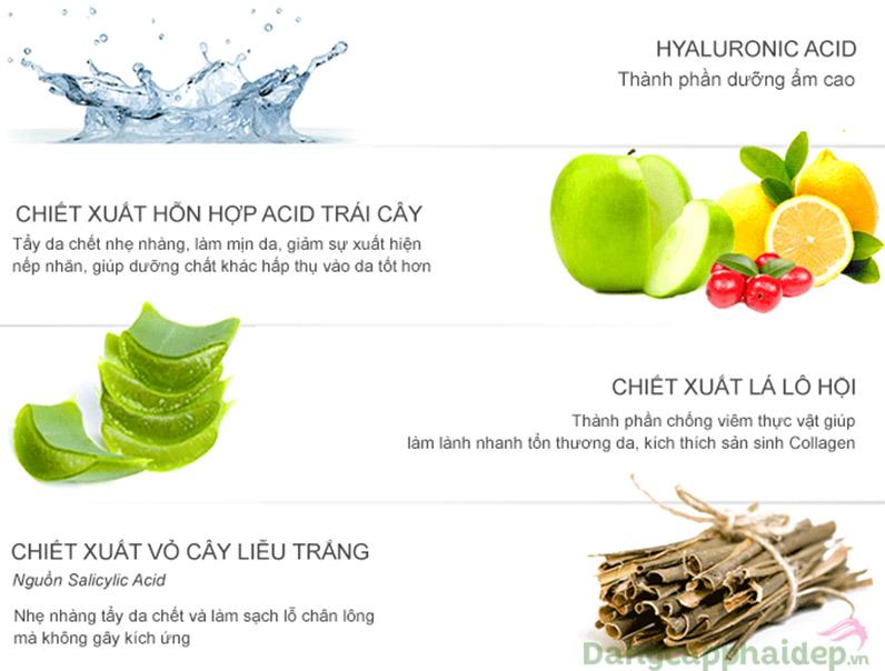 Kết hợp những thành phần ưu tú nuôi dưỡng làn da.
