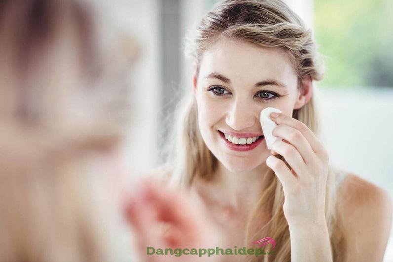 cách trị mụn ẩn dưới da nhanh nhất