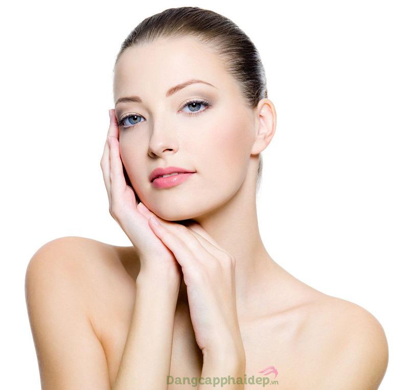 Làn da trắng sáng phẳng mượt và trẻ trung lâu dài khi sử dụng Exuviance AF Vitamin C 20% Serum