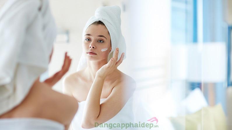 Cần chú trọng bước dưỡng da ban đêm để hồi sinh, tái tạo làn da trẻ khỏe dài lâu