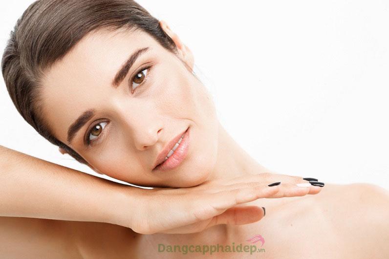 Sản phẩm củng cố làn da khỏe mạnh, trẻ trung và rạng rỡ hơn