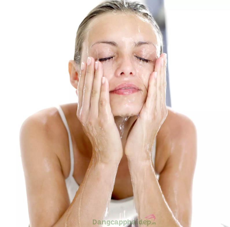 Da sạch thoáng, tươi mát tức thì sau bước rửa mặt với Thalgo Gentle Purifying Gel