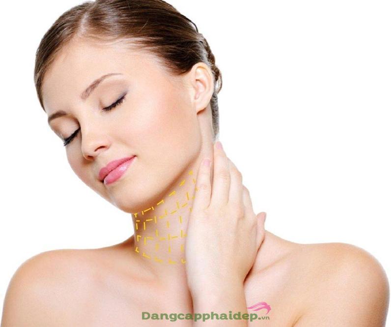 Hãy chăm sóc da cổ ngay hôm nay để giúp vùng da này tránh khỏi những dấu hiệu lão hóa.