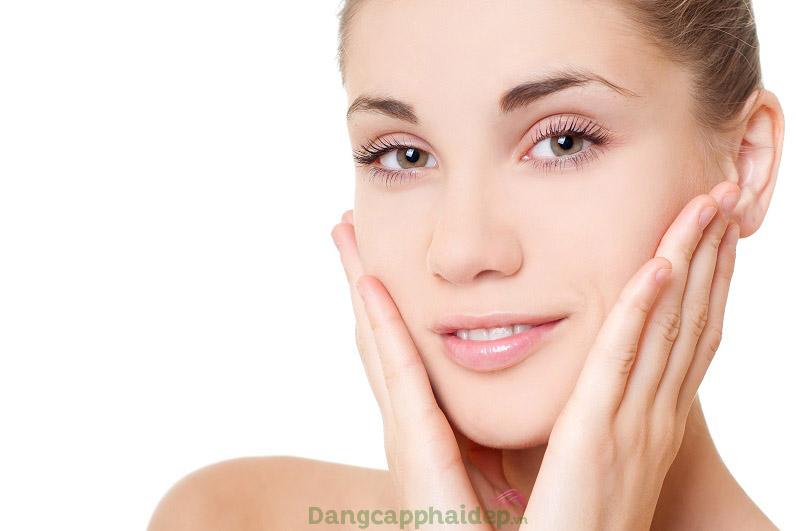 Sử dụng serum 2 lần/ngày vào sáng tối để tối ưu hiệu quả chăm sóc da