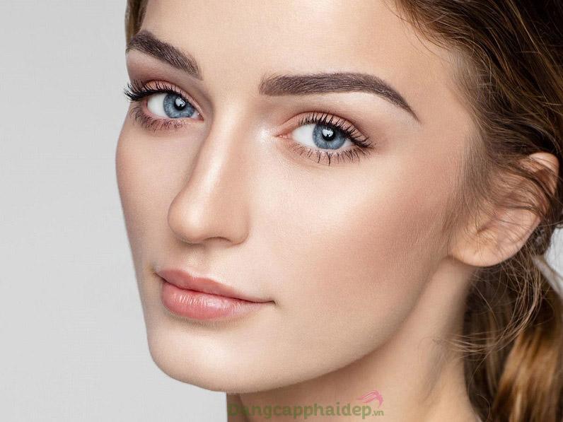 Da cùng mắt căng sáng, mịn màng và đầy sức sống sau khi sử dụng mặt nạ Swissline Cell Shock Magic Eye Mask