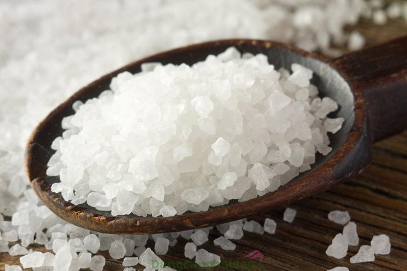 Tinh chất muối biển cô đặc.