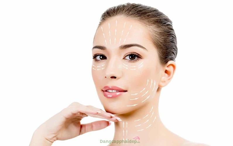 Hydro-marin fixation fluid làm sạch sâu cho da, chống chảy xệ và định hình cơ mặt tự nhiên.