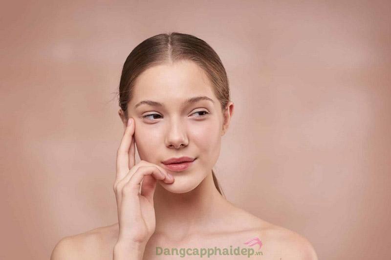 Nếp nhăn, nám, da sạm khiến khuôn mặt bạn thiếu sức sống và già nua