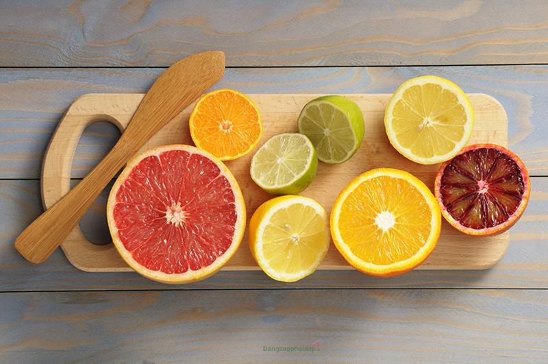 Các loại trái chứa nhiều vitamin C, E chống oxy hóa và chữa lành vết thương hữu hiệu.