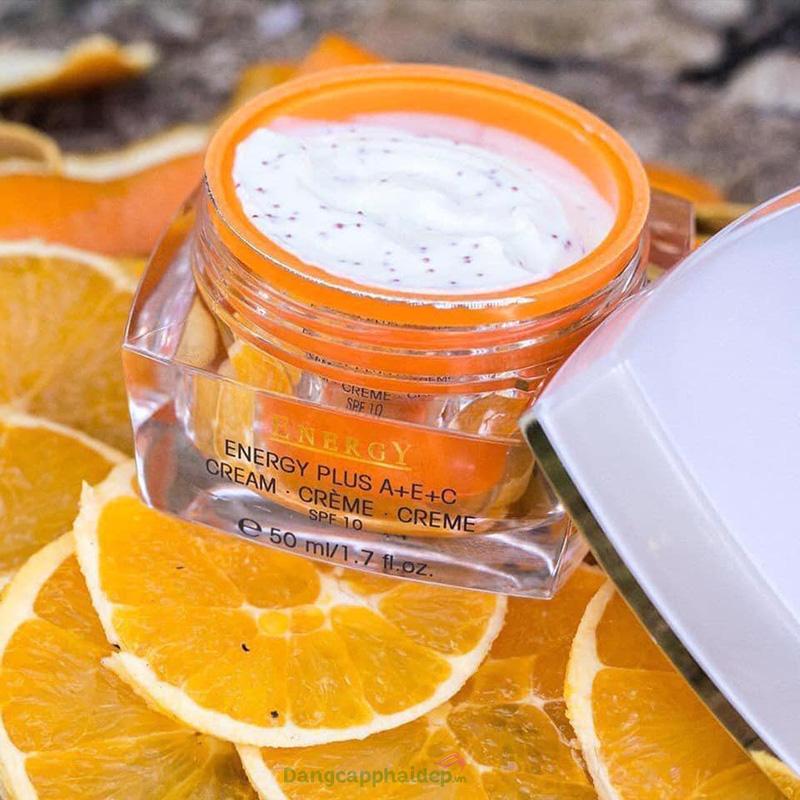 Kem dưỡng trắng da Etre Belle Energy Plus ACE Cream tích hợp cả 3 loại vitamin tốt nhất cho da như vitamin A, C, E
