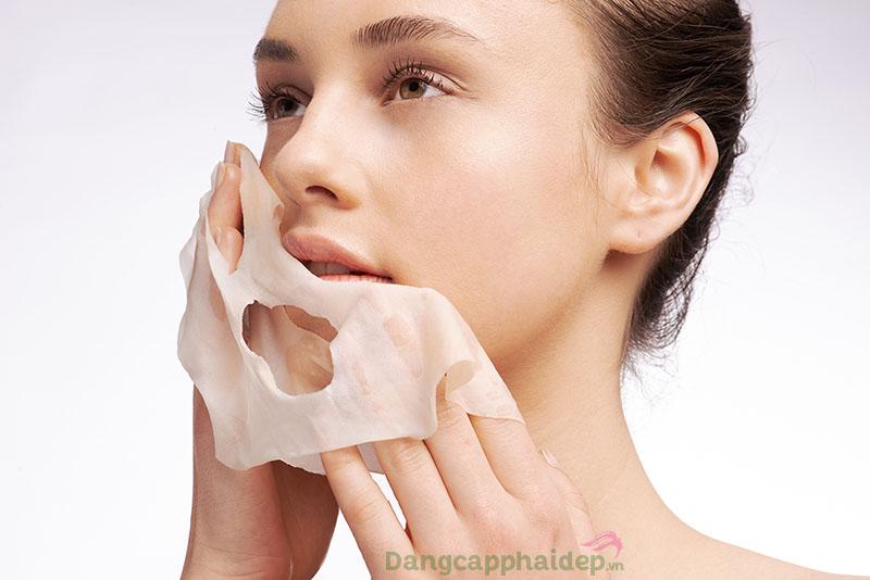 Chỉ nên đắp mặt nạ từ 1 - 2 lần/tuần, tránh lạm dụng việc đắp mặt nạ gây phản tác dụng.