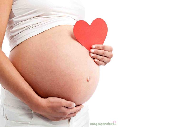 Hỗ trợ sự phát triển của thai nhi.