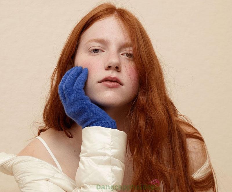 Thời tiết nóng hoặc lạnh đột ngột có thể khiến da bị khô hơn