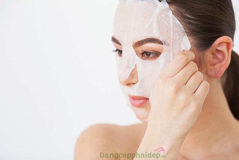 Da nhạy cảm nên đắp mặt nạ gì?