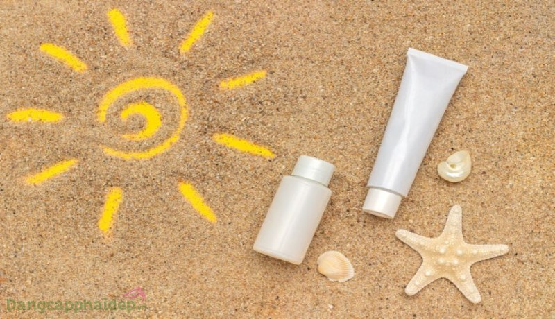 Kem chống nắng dưỡng ẩm