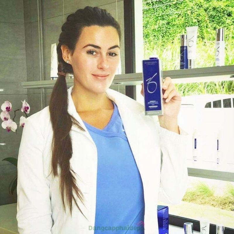 Zo Skin Health Instant Pore Refiner lý tưởng dành cho da dầu, có lỗ chân lông to.